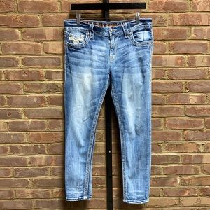 Rock Revival Abree Easy Ankle Skinny Jean